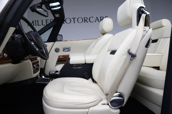 Used 2009 Rolls-Royce Phantom Drophead Coupe for sale $225,900 at Aston Martin of Greenwich in Greenwich CT 06830 21