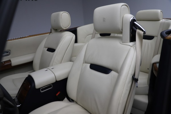 Used 2009 Rolls-Royce Phantom Drophead Coupe for sale $225,900 at Aston Martin of Greenwich in Greenwich CT 06830 22