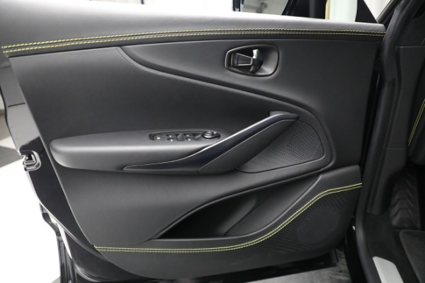 New 2021 Aston Martin DBX for sale $209,686 at Aston Martin of Greenwich in Greenwich CT 06830 17