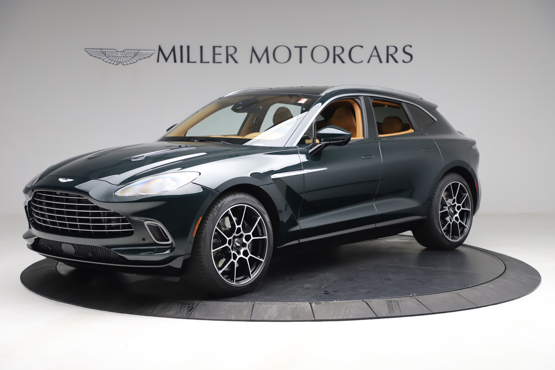 New 2021 Aston Martin DBX for sale $214,986 at Aston Martin of Greenwich in Greenwich CT 06830 1