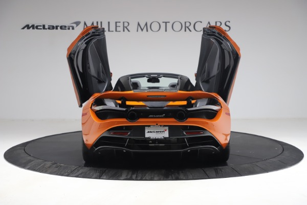 Used 2020 McLaren 720S Spider for sale $335,900 at Aston Martin of Greenwich in Greenwich CT 06830 18