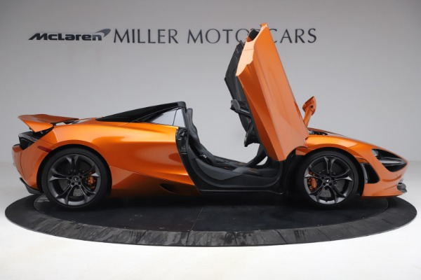 Used 2020 McLaren 720S Spider for sale $335,900 at Aston Martin of Greenwich in Greenwich CT 06830 21