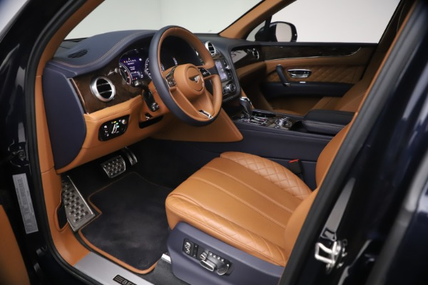 Used 2018 Bentley Bentayga W12 Signature for sale Call for price at Aston Martin of Greenwich in Greenwich CT 06830 17