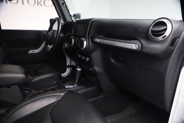 Used 2015 Jeep Wrangler Unlimited Rubicon Hard Rock for sale $39,900 at Aston Martin of Greenwich in Greenwich CT 06830 27