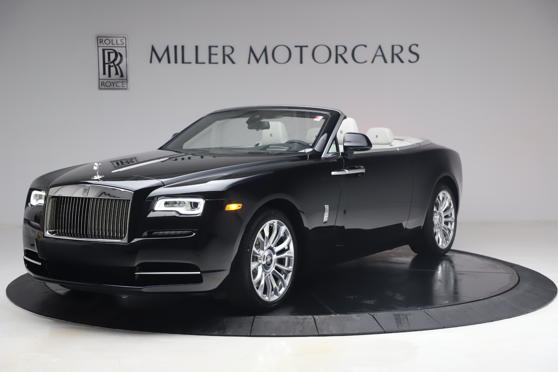 New 2021 Rolls-Royce Dawn for sale $391,350 at Aston Martin of Greenwich in Greenwich CT 06830 1