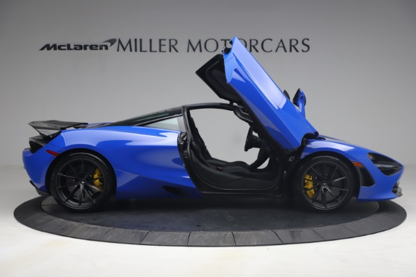 Used 2020 McLaren 720S Performace for sale $334,990 at Aston Martin of Greenwich in Greenwich CT 06830 21