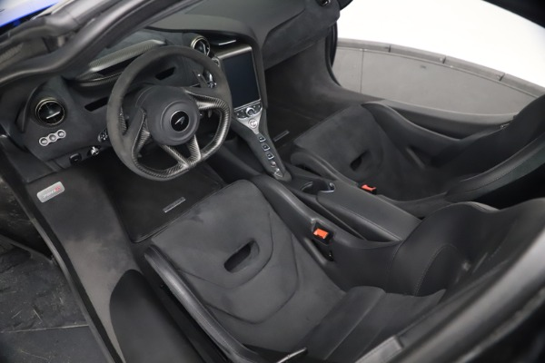 Used 2020 McLaren 720S Performace for sale $334,990 at Aston Martin of Greenwich in Greenwich CT 06830 26