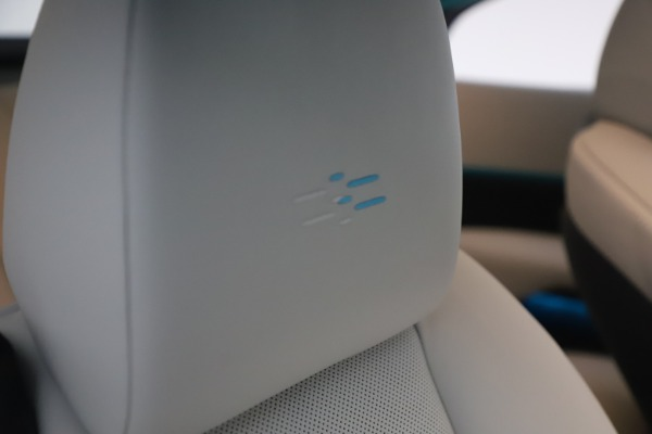 Used 2021 Rolls-Royce Wraith for sale $444,275 at Aston Martin of Greenwich in Greenwich CT 06830 27