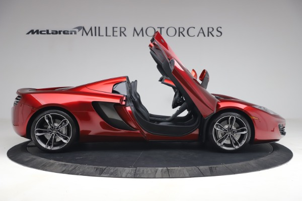 Used 2013 McLaren MP4-12C Spider for sale $134,900 at Aston Martin of Greenwich in Greenwich CT 06830 19