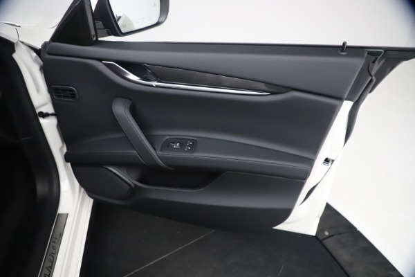 New 2021 Maserati Ghibli SQ4 for sale Sold at Aston Martin of Greenwich in Greenwich CT 06830 25