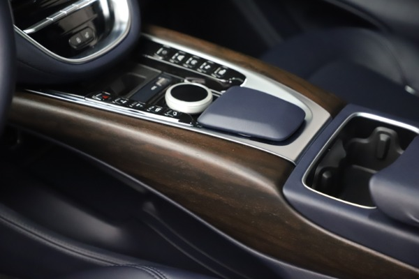 New 2021 Aston Martin DBX for sale $195,786 at Aston Martin of Greenwich in Greenwich CT 06830 17