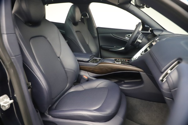 New 2021 Aston Martin DBX for sale $195,786 at Aston Martin of Greenwich in Greenwich CT 06830 22