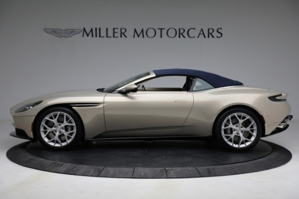 Used 2019 Aston Martin DB11 Volante for sale $209,900 at Aston Martin of Greenwich in Greenwich CT 06830 26