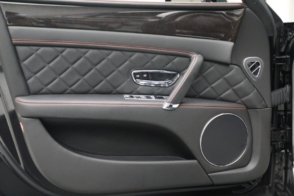 Used 2017 Bentley Flying Spur V8 for sale $144,900 at Aston Martin of Greenwich in Greenwich CT 06830 16