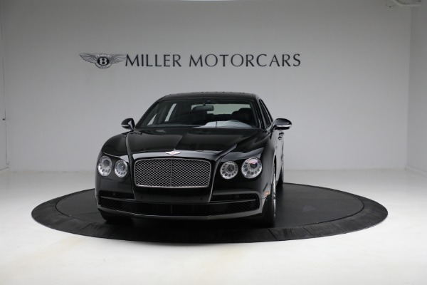 Used 2017 Bentley Flying Spur V8 for sale $144,900 at Aston Martin of Greenwich in Greenwich CT 06830 2