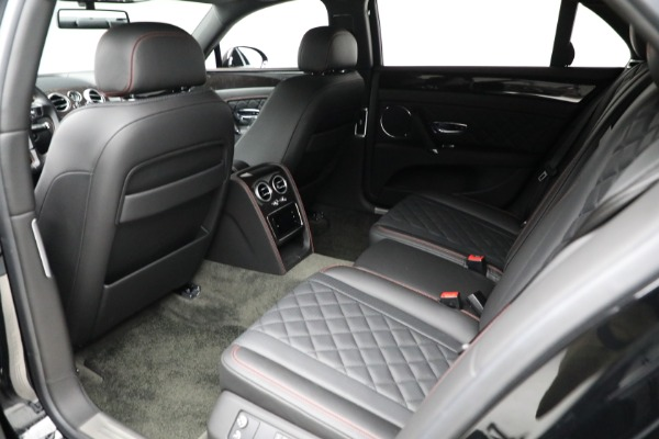 Used 2017 Bentley Flying Spur V8 for sale $144,900 at Aston Martin of Greenwich in Greenwich CT 06830 21