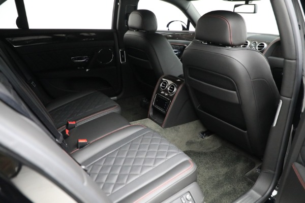 Used 2017 Bentley Flying Spur V8 for sale $144,900 at Aston Martin of Greenwich in Greenwich CT 06830 28
