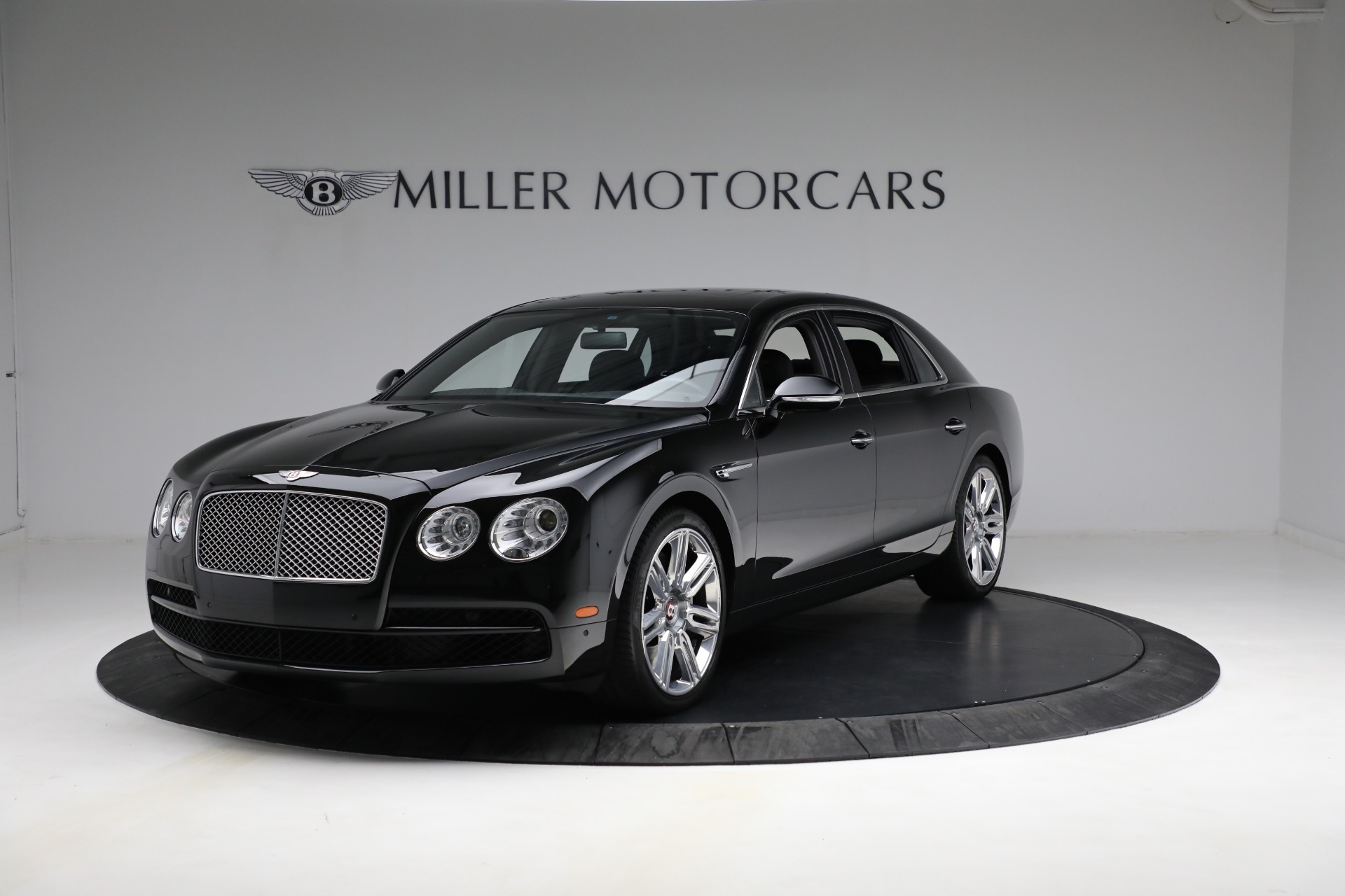 Used 2017 Bentley Flying Spur V8 for sale $144,900 at Aston Martin of Greenwich in Greenwich CT 06830 1