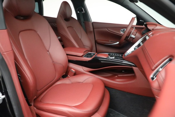 New 2021 Aston Martin DBX for sale $200,686 at Aston Martin of Greenwich in Greenwich CT 06830 21