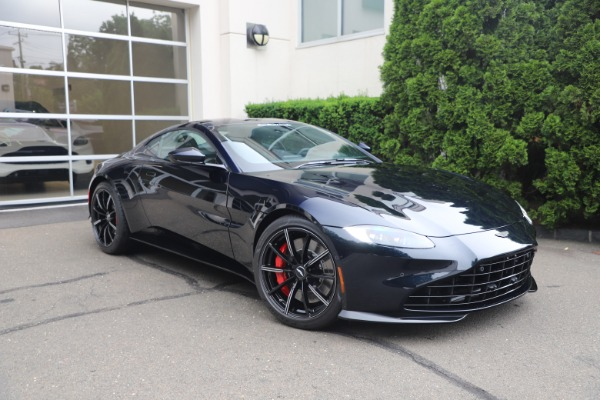 New 2021 Aston Martin Vantage for sale $189,686 at Aston Martin of Greenwich in Greenwich CT 06830 27