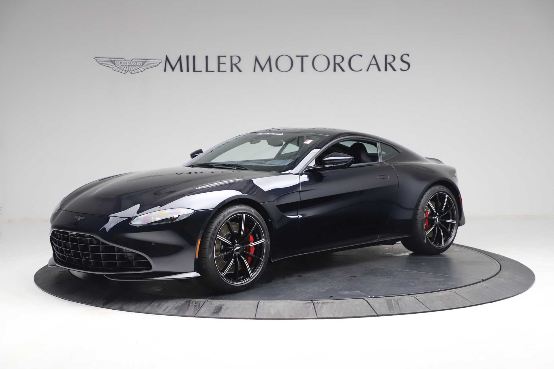 New 2021 Aston Martin Vantage for sale $189,686 at Aston Martin of Greenwich in Greenwich CT 06830 1