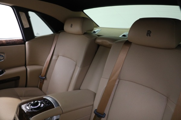 Used 2011 Rolls-Royce Ghost for sale Call for price at Aston Martin of Greenwich in Greenwich CT 06830 16