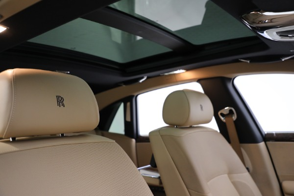 Used 2011 Rolls-Royce Ghost for sale Call for price at Aston Martin of Greenwich in Greenwich CT 06830 22