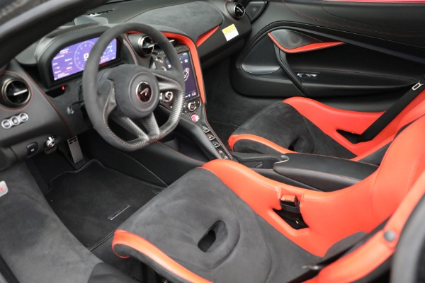 Used 2020 McLaren 720S Performance for sale $329,900 at Aston Martin of Greenwich in Greenwich CT 06830 17