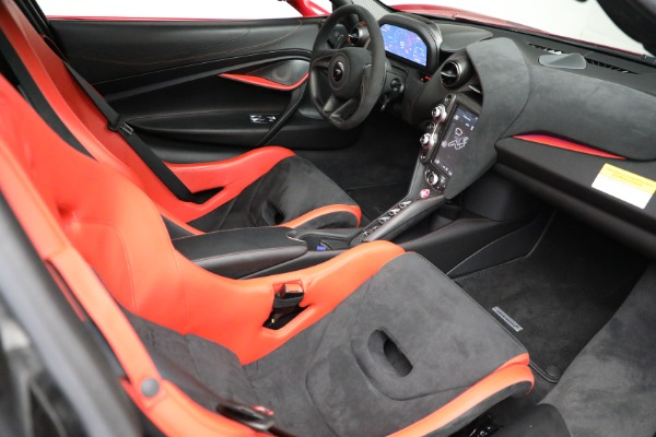 Used 2020 McLaren 720S Performance for sale $329,900 at Aston Martin of Greenwich in Greenwich CT 06830 21