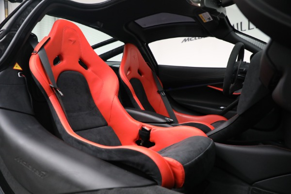 Used 2020 McLaren 720S Performance for sale $329,900 at Aston Martin of Greenwich in Greenwich CT 06830 23