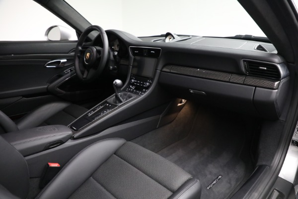 Used 2018 Porsche 911 GT3 Touring for sale $245,900 at Aston Martin of Greenwich in Greenwich CT 06830 19