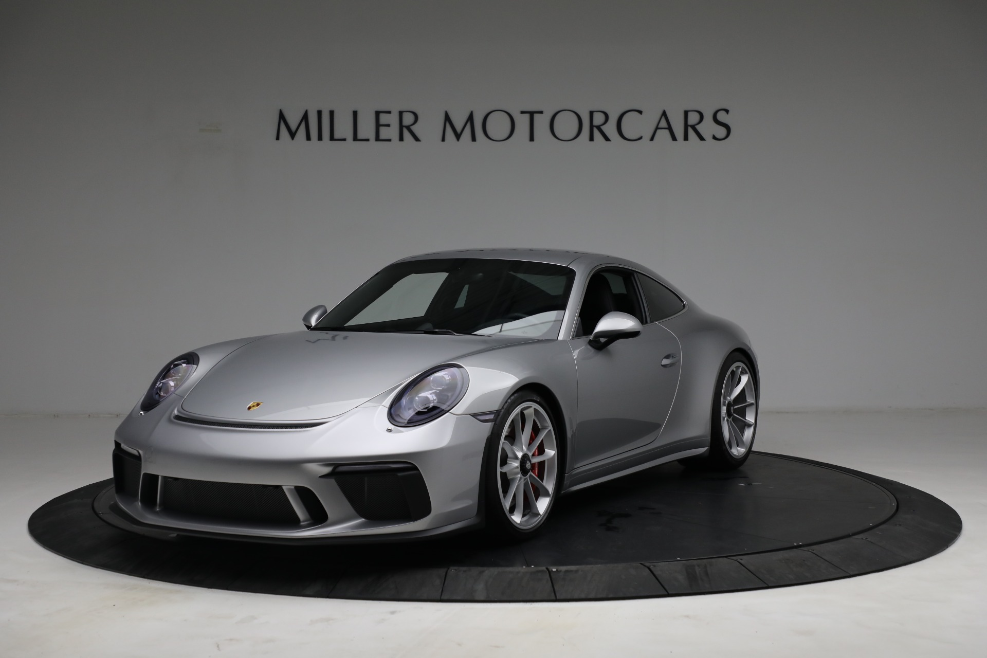 Used 2018 Porsche 911 GT3 Touring for sale $245,900 at Aston Martin of Greenwich in Greenwich CT 06830 1