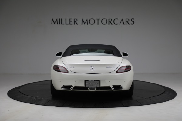 Used 2012 Mercedes-Benz SLS AMG for sale $159,900 at Aston Martin of Greenwich in Greenwich CT 06830 13