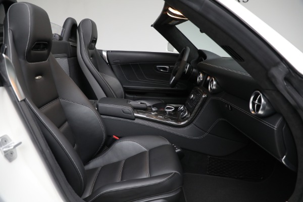 Used 2012 Mercedes-Benz SLS AMG for sale $159,900 at Aston Martin of Greenwich in Greenwich CT 06830 19