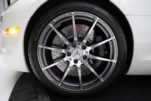 Used 2012 Mercedes-Benz SLS AMG for sale $159,900 at Aston Martin of Greenwich in Greenwich CT 06830 23