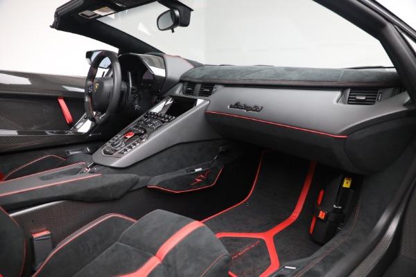 Used 2017 Lamborghini Aventador LP 750-4 SV for sale $599,900 at Aston Martin of Greenwich in Greenwich CT 06830 22