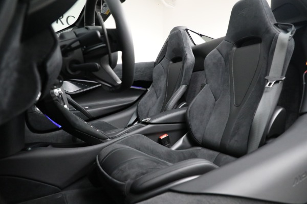 Used 2020 McLaren 720S Spider for sale $334,900 at Aston Martin of Greenwich in Greenwich CT 06830 26