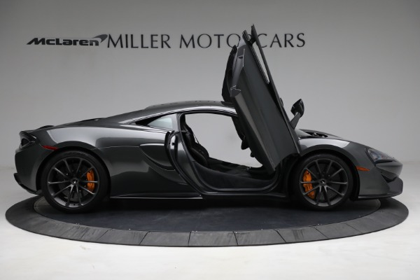 Used 2020 McLaren 570S for sale Sold at Aston Martin of Greenwich in Greenwich CT 06830 18