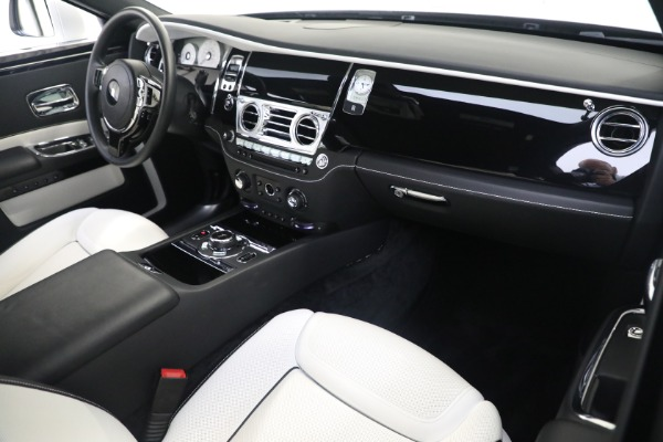 Used 2017 Rolls-Royce Ghost for sale $219,900 at Aston Martin of Greenwich in Greenwich CT 06830 12
