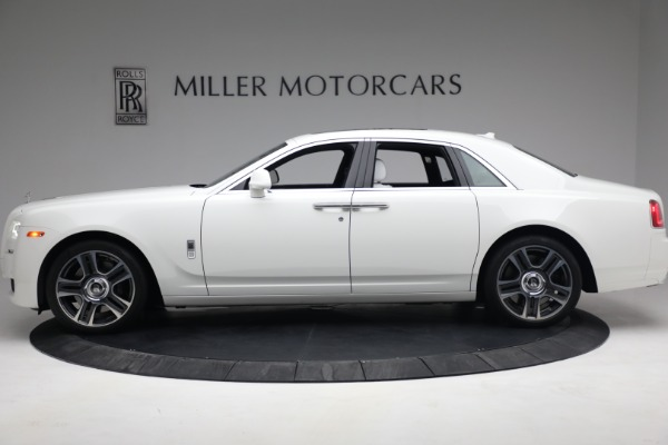 Used 2017 Rolls-Royce Ghost for sale $219,900 at Aston Martin of Greenwich in Greenwich CT 06830 3