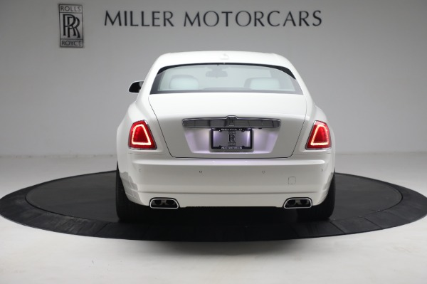 Used 2017 Rolls-Royce Ghost for sale $219,900 at Aston Martin of Greenwich in Greenwich CT 06830 5