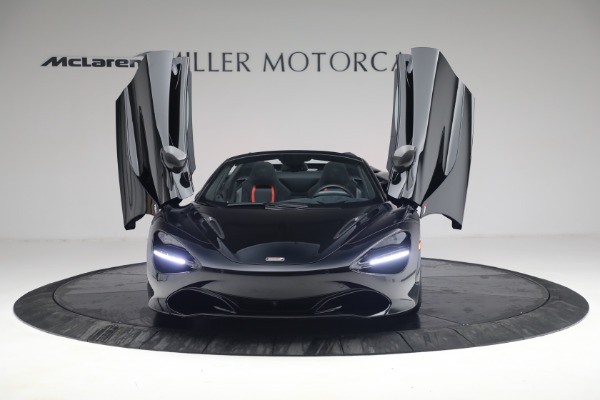 New 2021 McLaren 720S Spider for sale $374,120 at Aston Martin of Greenwich in Greenwich CT 06830 13