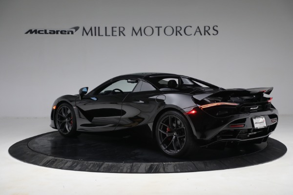 New 2021 McLaren 720S Spider for sale $374,120 at Aston Martin of Greenwich in Greenwich CT 06830 17