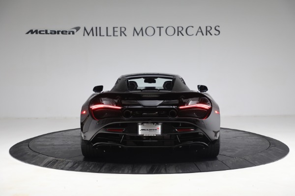 New 2021 McLaren 720S Spider for sale $374,120 at Aston Martin of Greenwich in Greenwich CT 06830 18