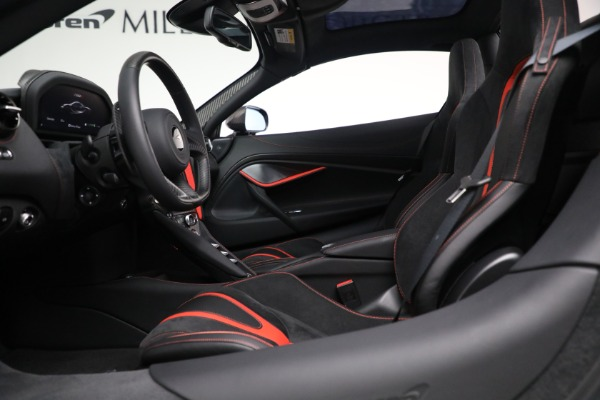 New 2021 McLaren 720S Spider for sale $374,120 at Aston Martin of Greenwich in Greenwich CT 06830 25