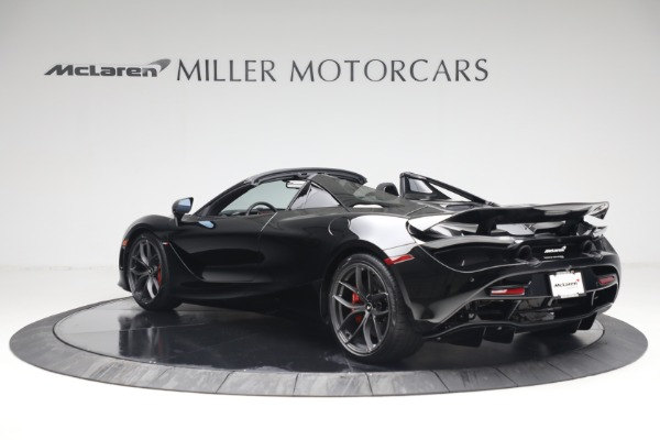 New 2021 McLaren 720S Spider for sale $374,120 at Aston Martin of Greenwich in Greenwich CT 06830 4