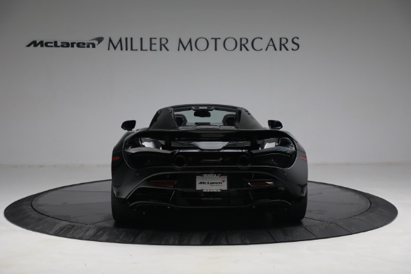 New 2021 McLaren 720S Spider for sale $374,120 at Aston Martin of Greenwich in Greenwich CT 06830 6