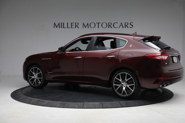 Used 2018 Maserati Levante GranSport for sale Sold at Aston Martin of Greenwich in Greenwich CT 06830 4
