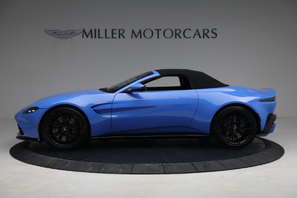 New 2021 Aston Martin Vantage Roadster for sale $186,386 at Aston Martin of Greenwich in Greenwich CT 06830 13