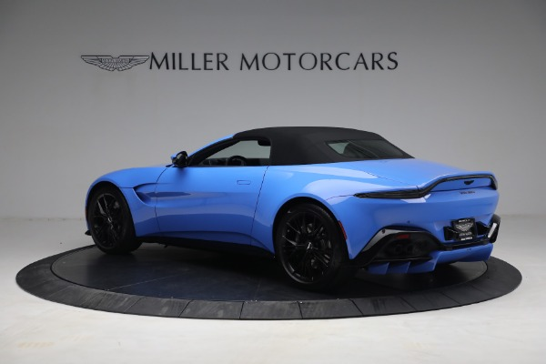 New 2021 Aston Martin Vantage Roadster for sale $186,386 at Aston Martin of Greenwich in Greenwich CT 06830 14